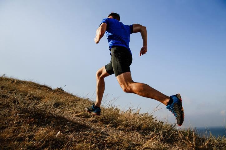 Đường hoặc Đường mòn - Loại địa hình nào bạn thích chạy trên?