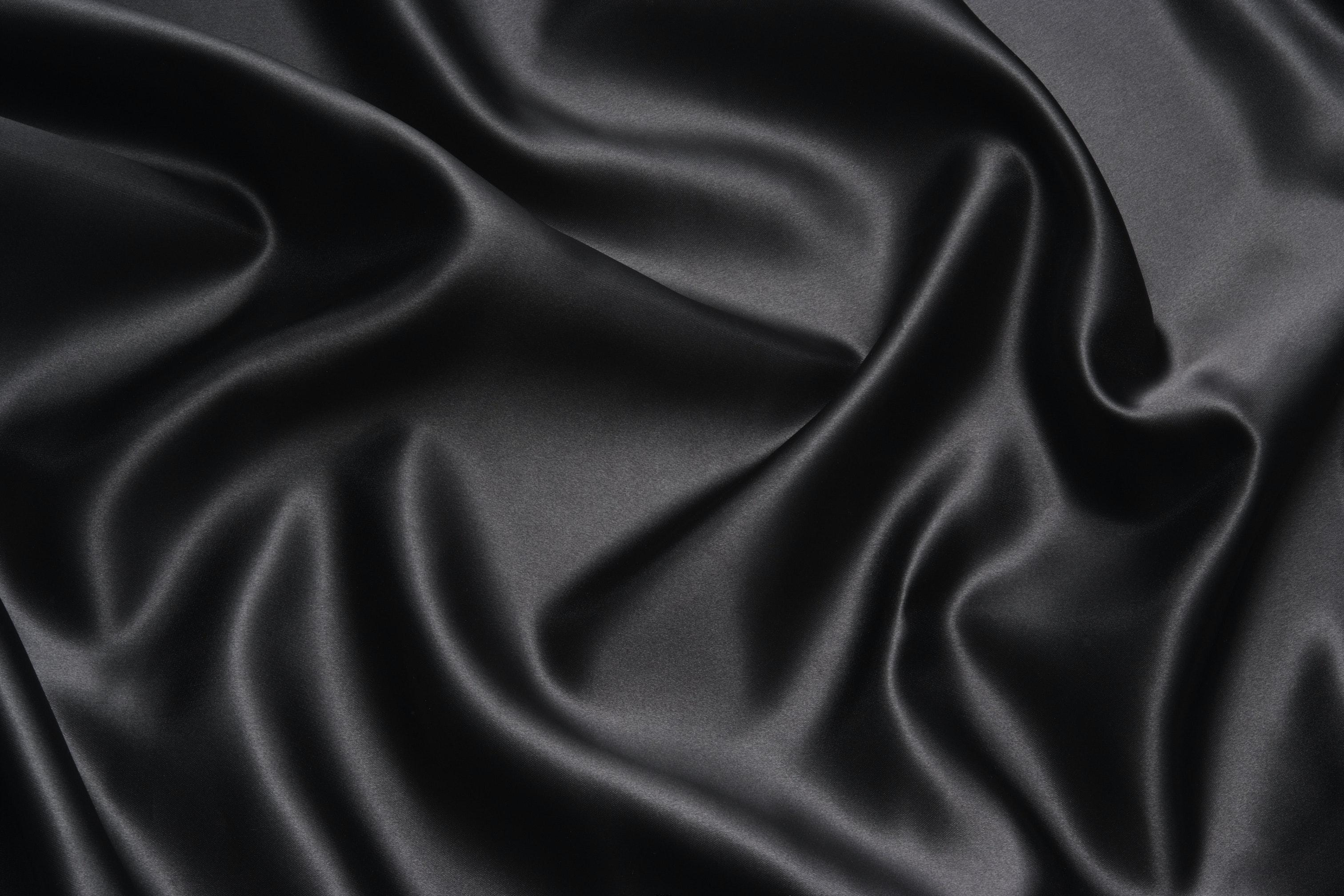 Polyester và Satin thoáng khí
